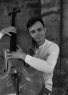 Eu cu violoncelul meu