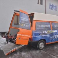 Primăria asigură transportul către centrele de vaccinare pentru persoanele cu  dizabilități. Crește și numărul curselor pe linia 24, către CATTIA