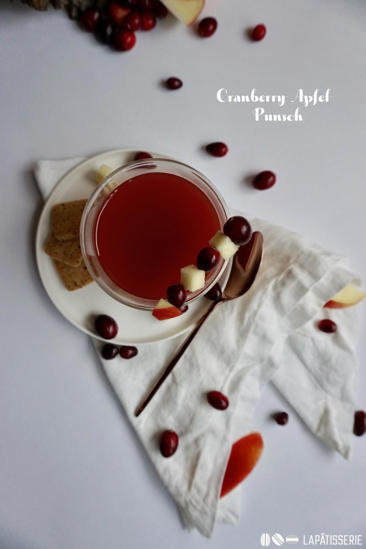 Davon darf es auch gerne ein Glas mehr sein, egal ob mit oder ohne Schuss: Cranberry-Apfel-Punsch.