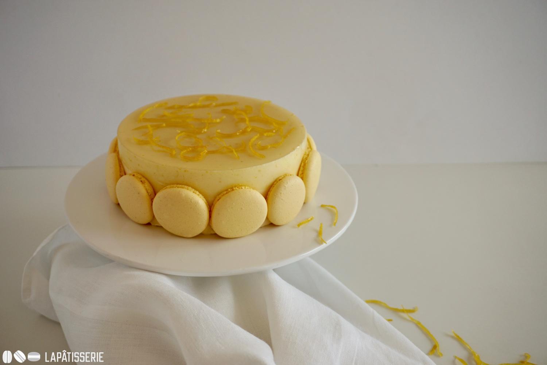 So viel Handwerkskunst benötigt keine weitere Deko. Die Médélices mit Zitrone und Haselnuss wirkt auch so.