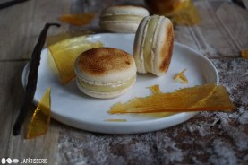 So verführerisch kann Süß sein: Crème Brûlée Macarons. Ein Dessertklassiker neu interpretiert.
