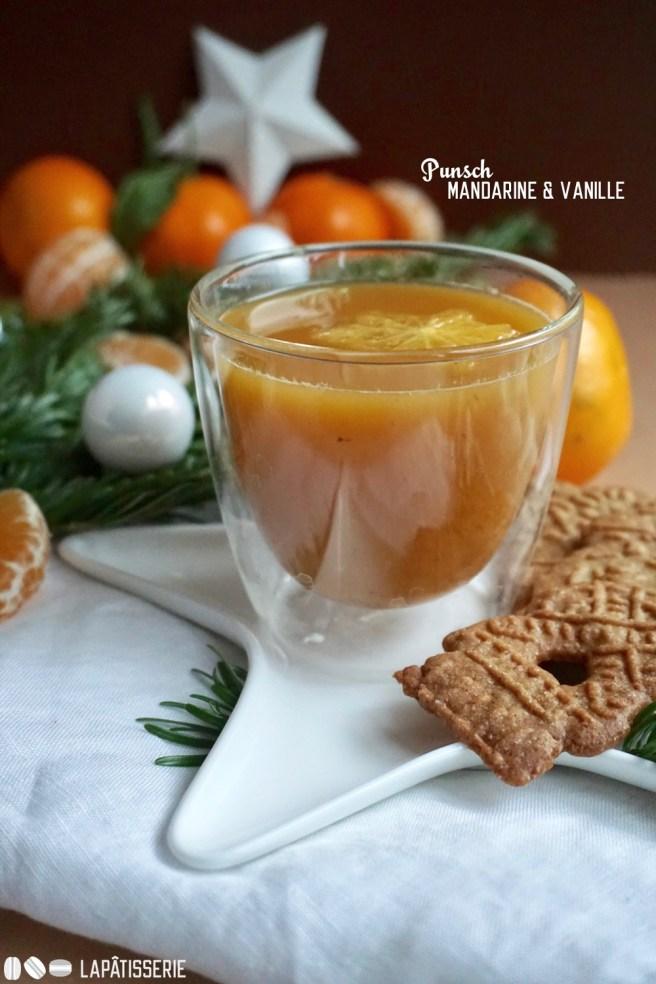 Nehmt Platz in der warmen Stube und trinkt eine große Tasse Vanille-Mandarinen-Punsch.