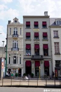 Der Laden im Herzen von Antwerpen ist in einem wunderschönen Gebäude untergebracht.
