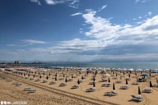 Hochsaison und der Strand ist komplett leer