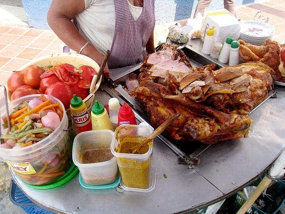 Sandwich de chola. Source: http://liamwinters.blogspot.com/2010/09/street-food-in-bolivia-1-chola-sandwich.html