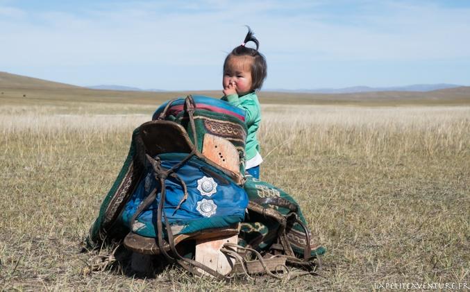 Petite fille en Mongolie