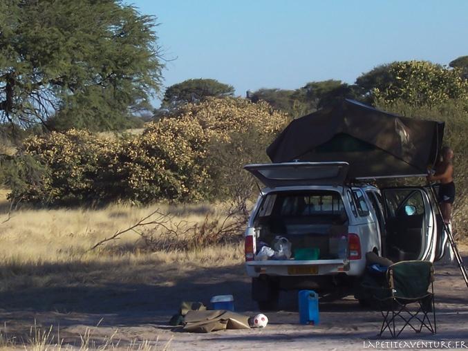 4x4 au camp au Botswana