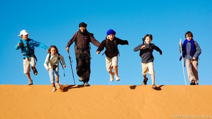acrobaties des dunes du Maroc