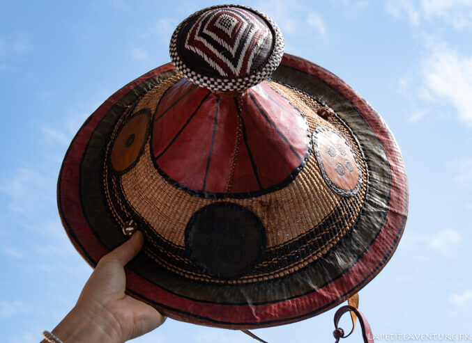 Chapeau dogon acheté en voyage au Mali