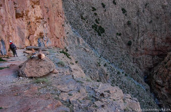 Vue sur la canyon de Taghia