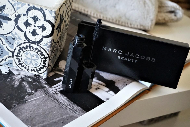 Revue mascara Velvet Noir Marc Jacobs Beauty - La Petite Frenchie