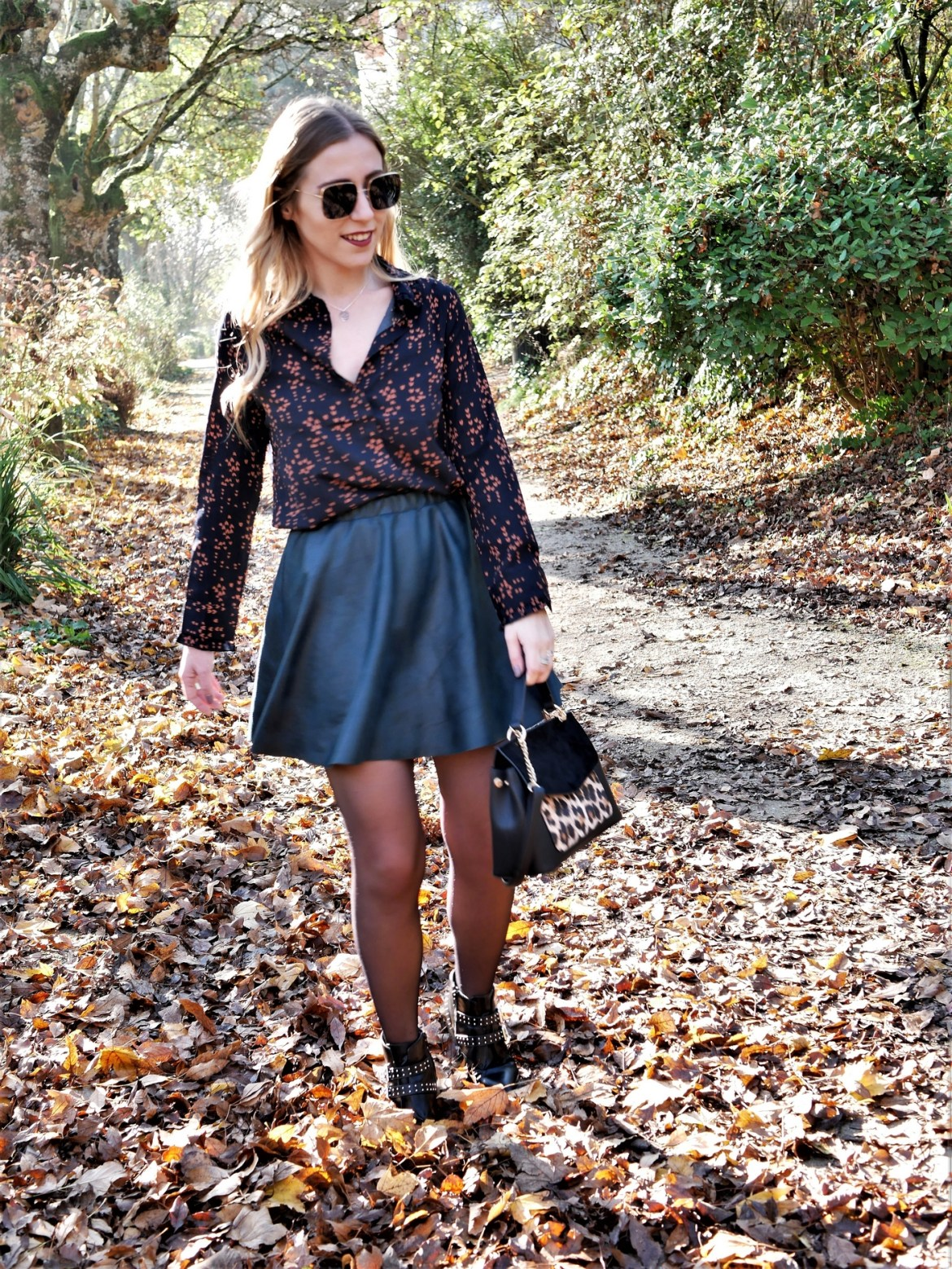 Look bombardier & jupe patineuse - La Petite Frenchie
