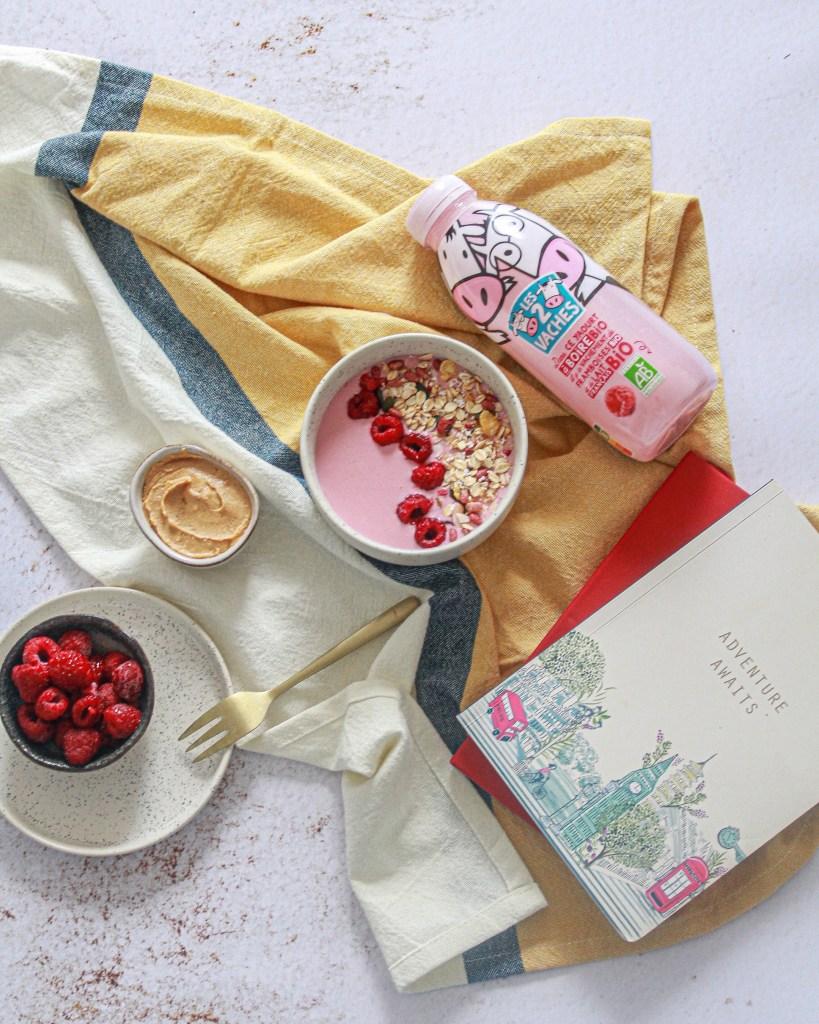 Recette de Granola bowl : petit dej express ultra gourmand à retrouver sur lapetitelistedemanon.com