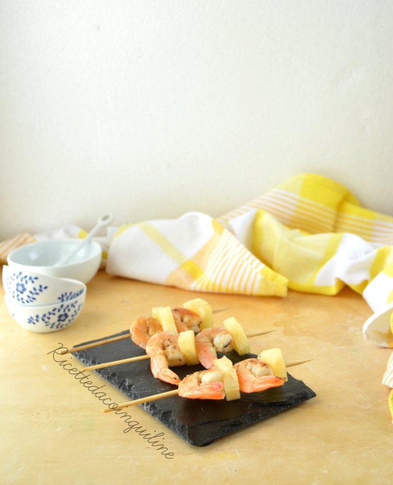 Spiedini di gamberi con salsa agrodolce