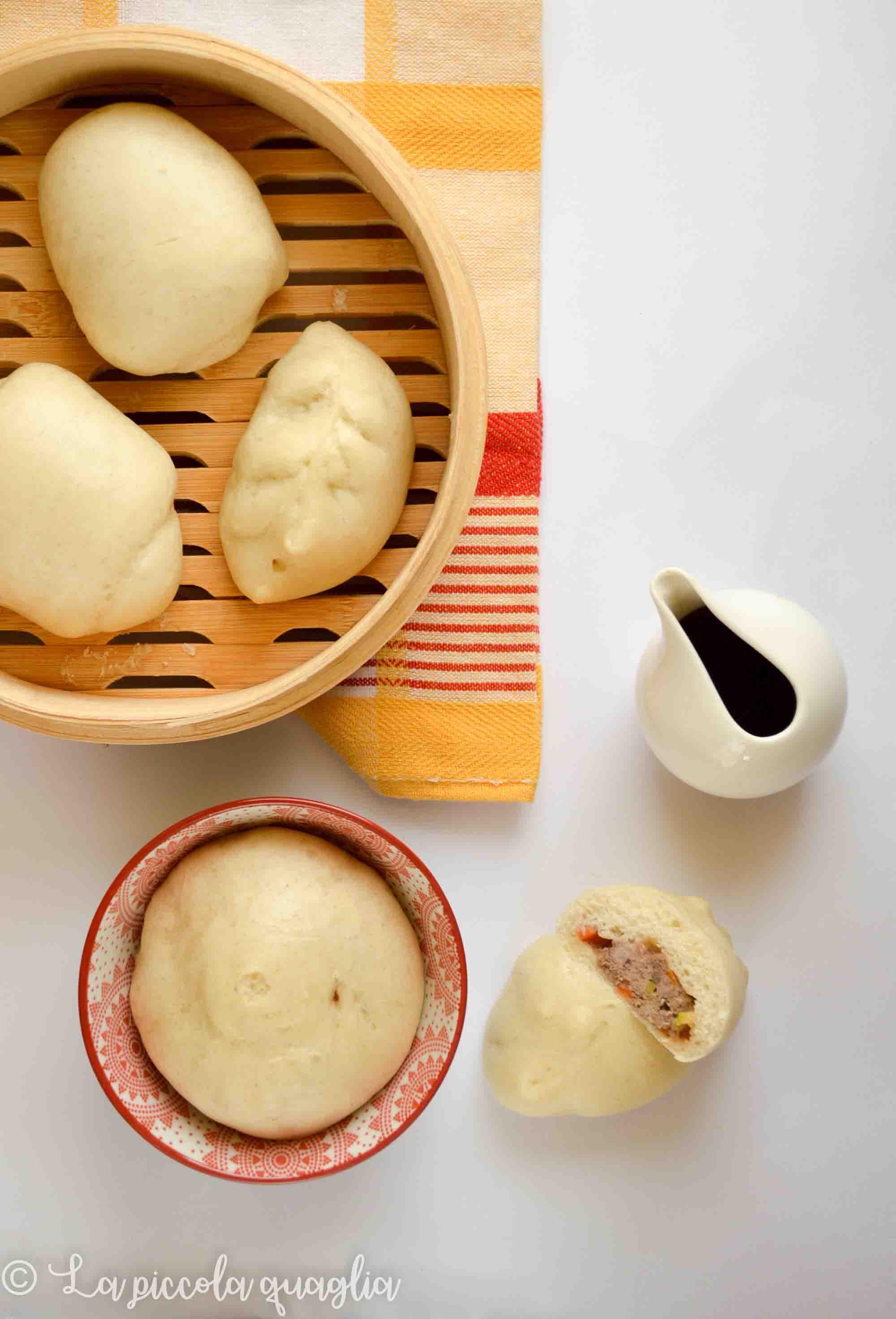 Baozi (panini al vapore ripieni)