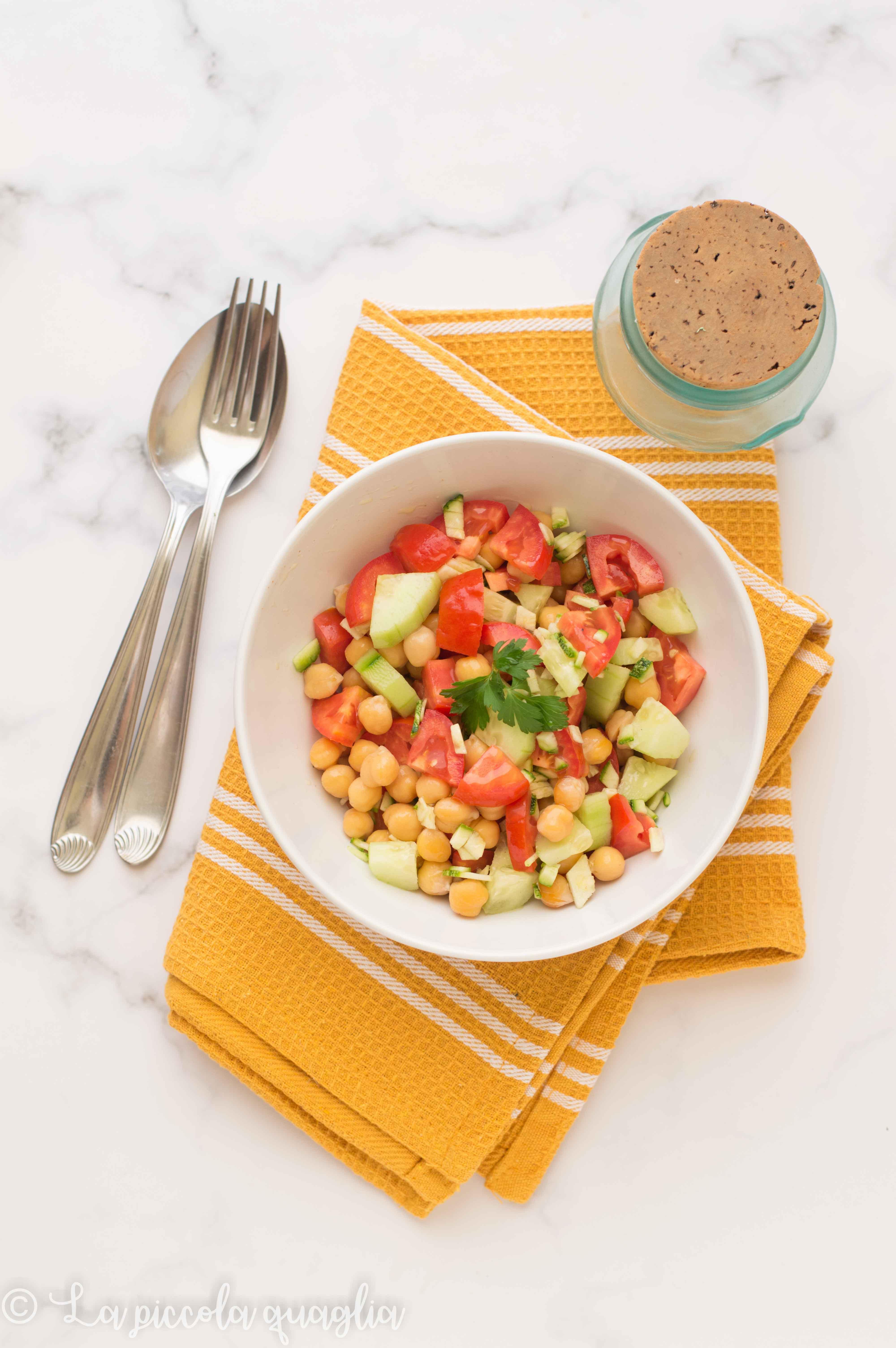 I menù fuori casa: insalata di ceci