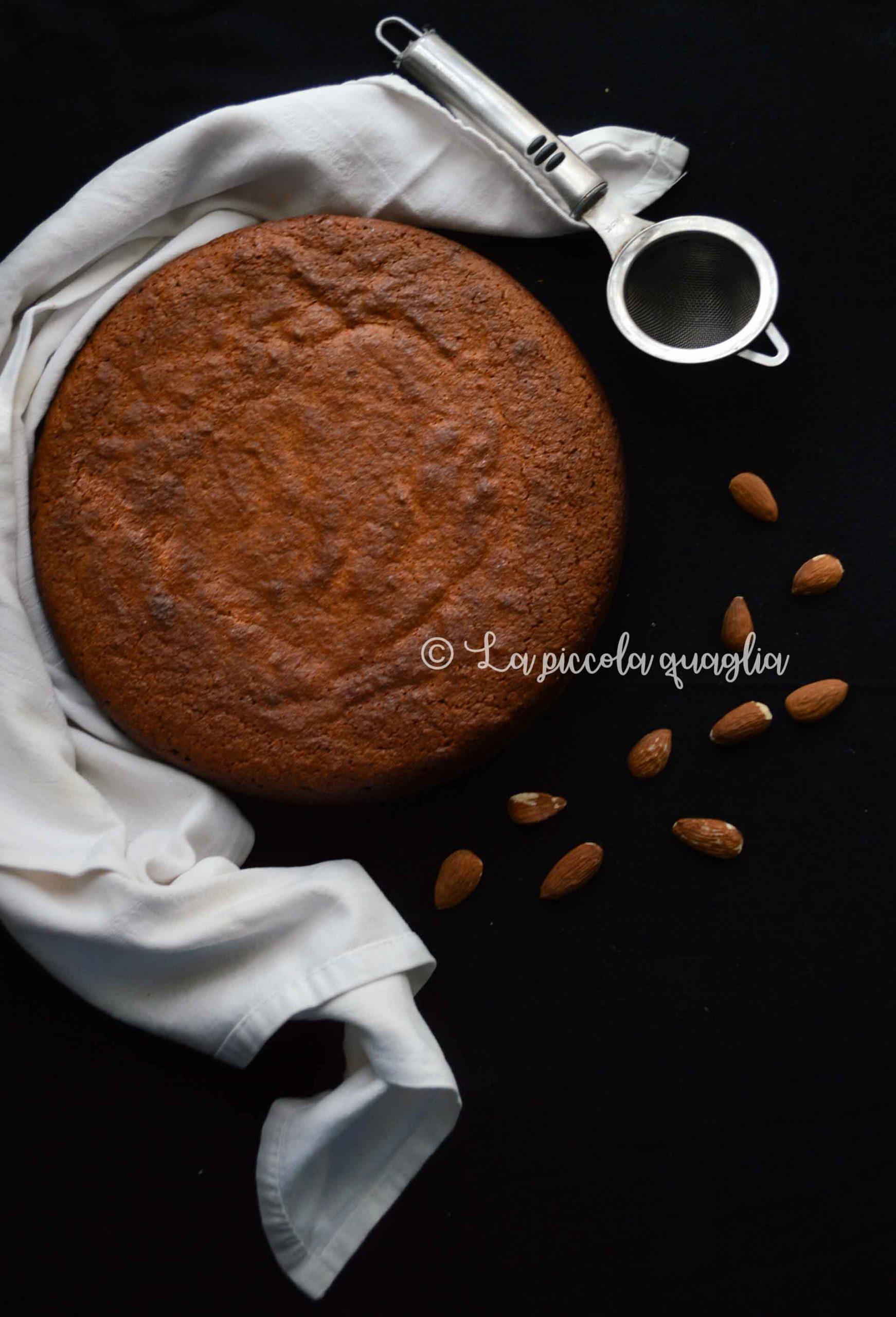 Torta di mandorle e burro di cacao (senza glutine & lattosio)