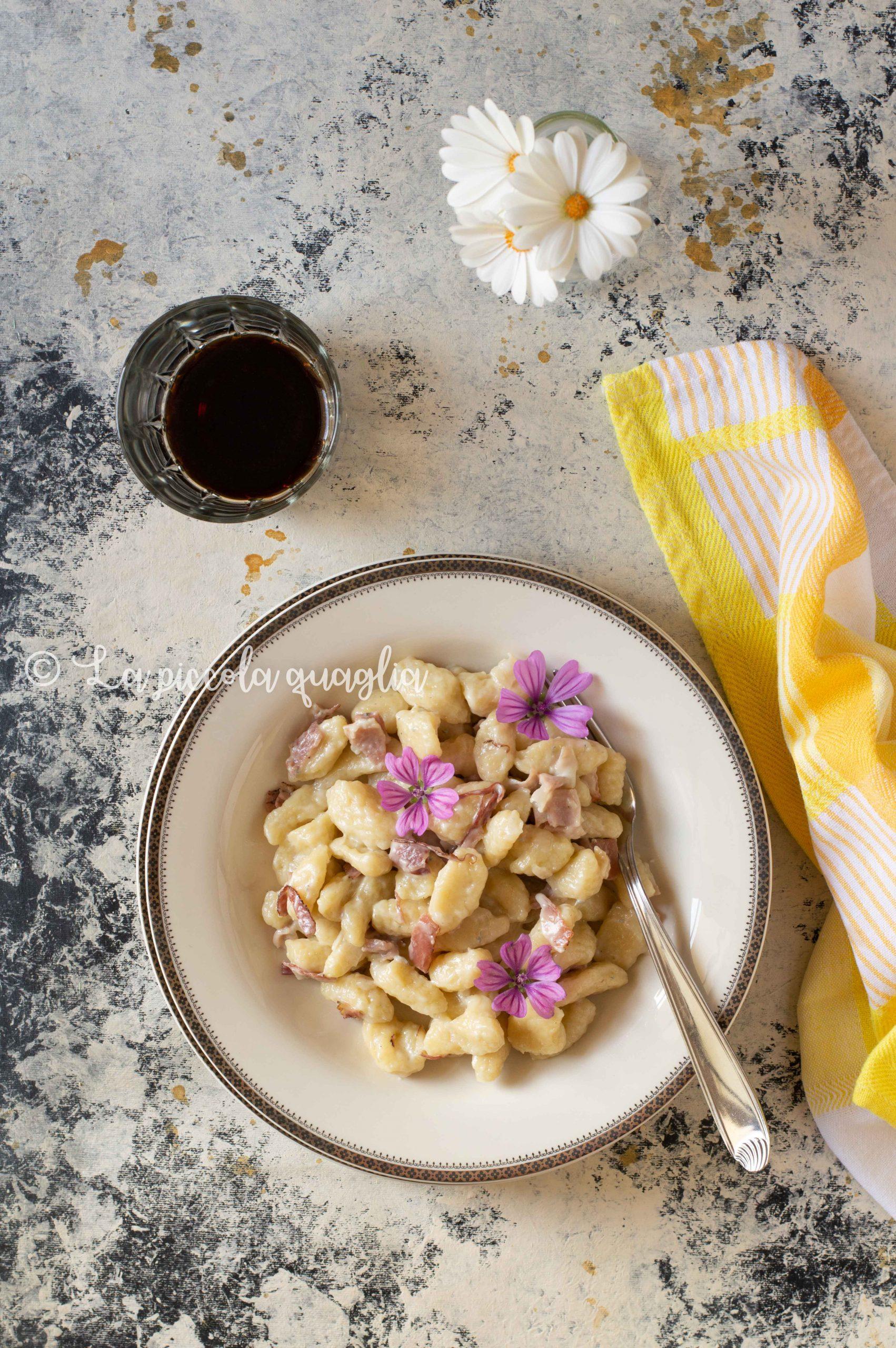 Gnocchi di patate integrali con malva