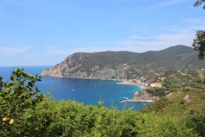 hiking from Monterosso to Vernazza