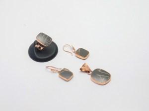 Juego de Arete, Anillo y Dije, de cobre montados en Cerámica Mata Ortíz, pídalo con la clave SetCMOC/010