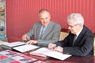 Signature de la seconde convention