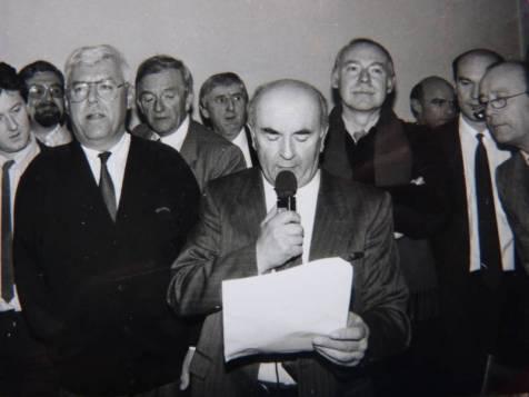 passassion de pouvoir en 1989 avec Pierre Cuny