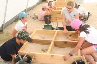 Les archéologues en herbe ont découvert les facettes du métier aux travers de divers ateliers.