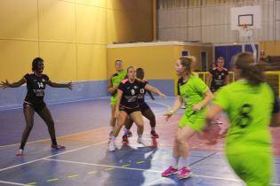 Les handballeuses contrexévilloises ont arraché leur victoire au mental.