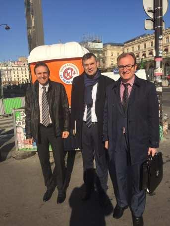 Yves Séjouné (Mirecourt), Franck Perry (Vittel) et Simon Leclerc (Neufchâteau) ont été les trois maires de la Plaine à être convié à l'Elysée.