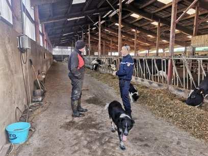 gendarmes-agriculteurs2