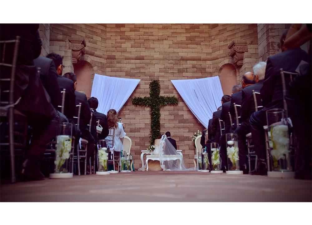 Lucero Alvarez Wedding and Event Designer - LaPlanner