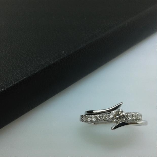 anillo de compromiso 14