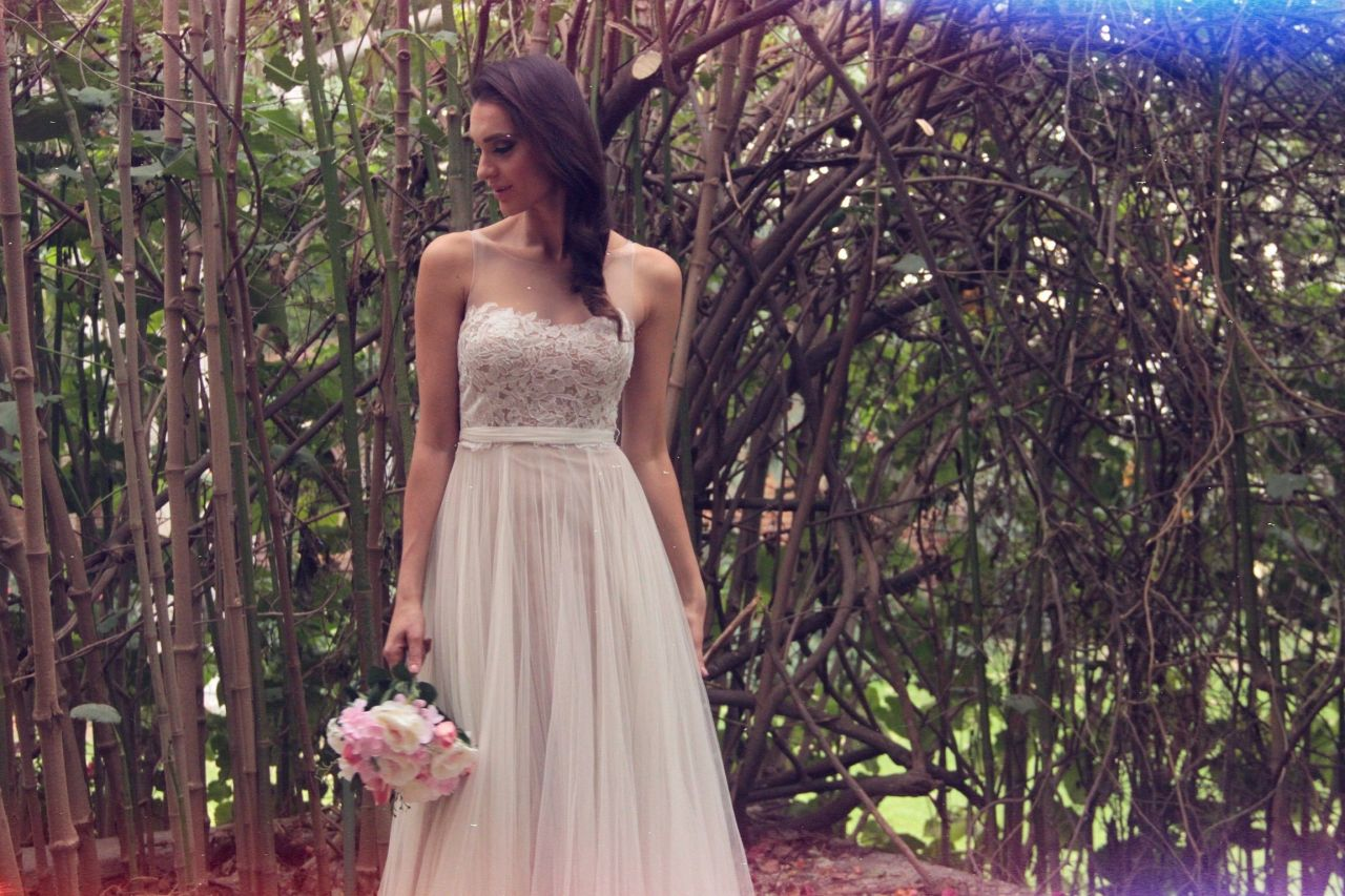 Etiquette Renta y Venta de Vestidos de Novia