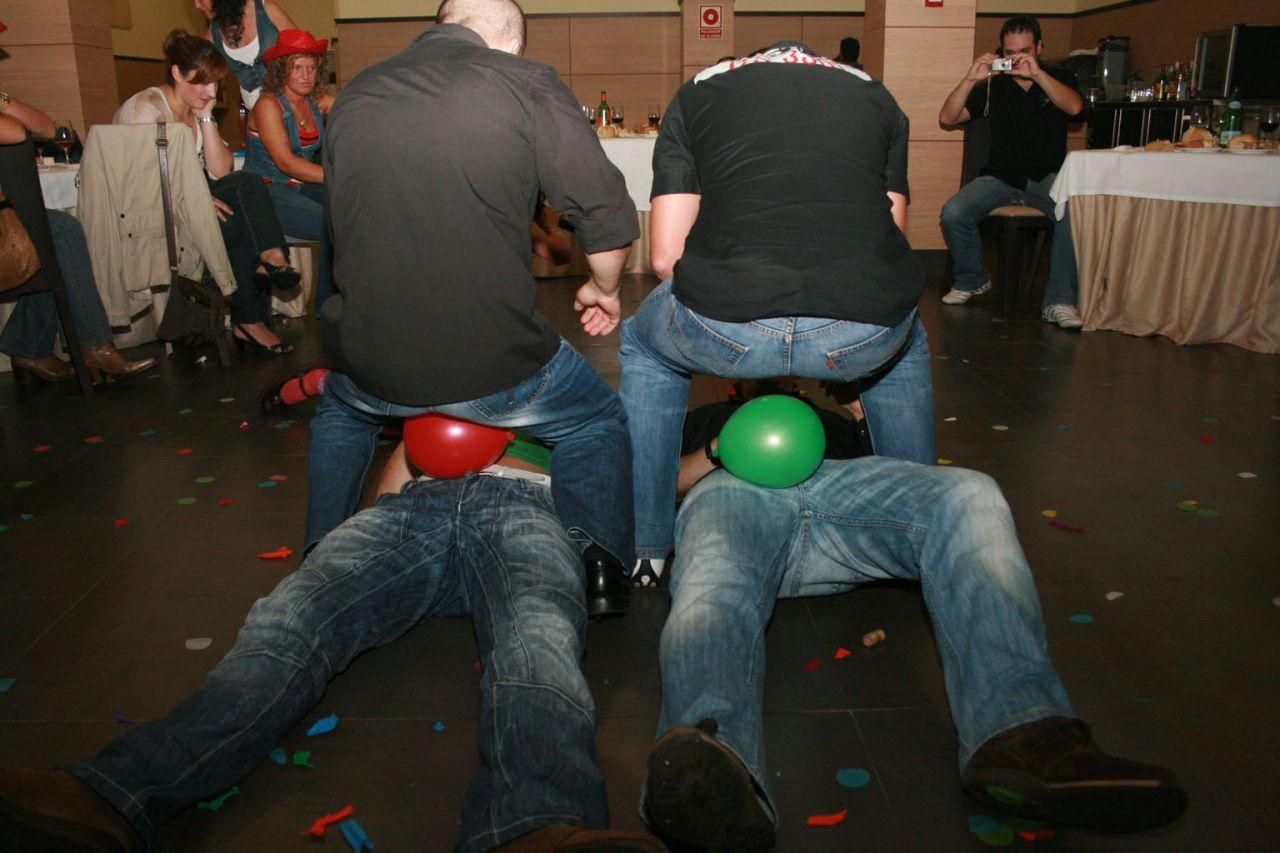 Juegos Que No Pueden Faltar En Una Despedida De Soltero Soltera Y