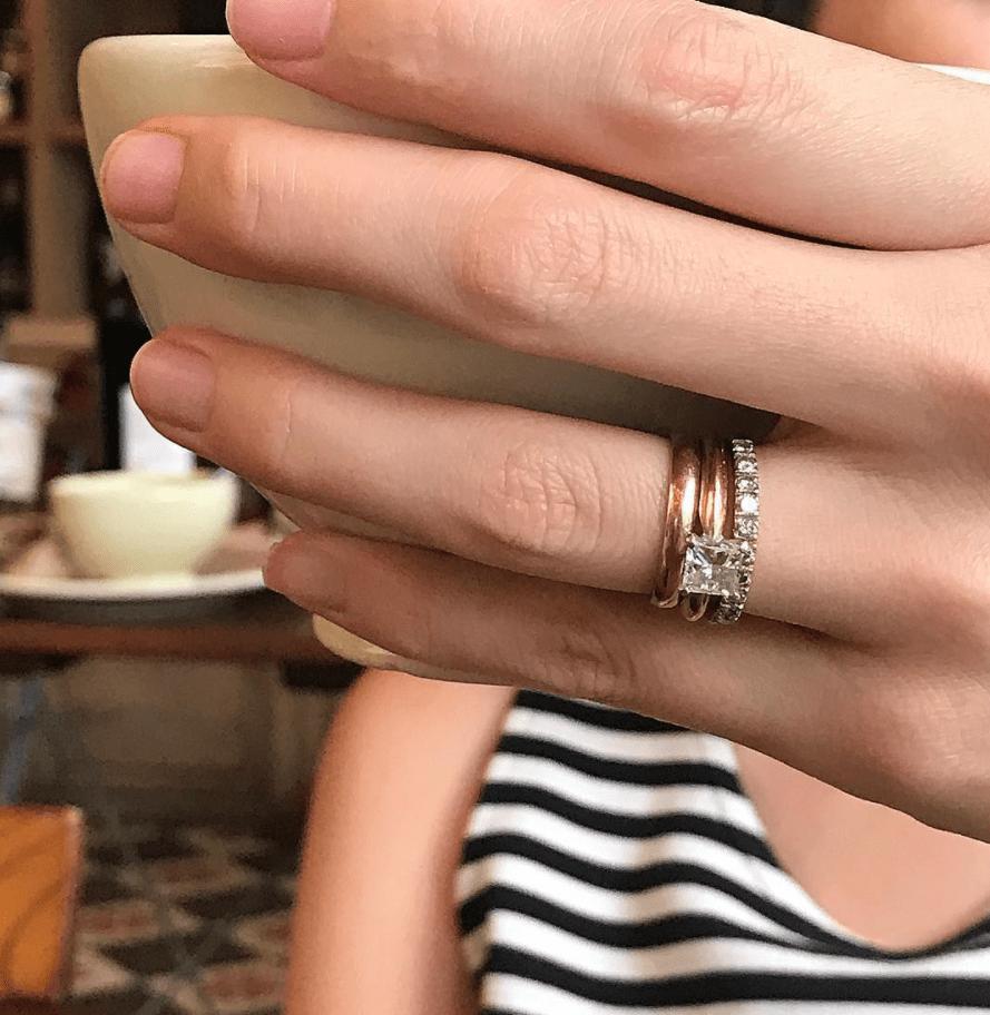 replica del anillo de compromiso 7
