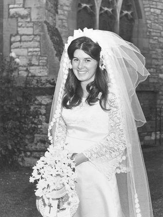 La evolución del vestido de novia a lo largo de 50 años