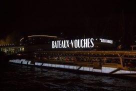 Bote en río Sena, París.