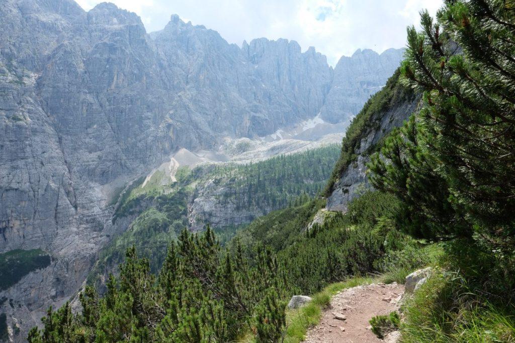 Trekking Dolomitas, Italia.