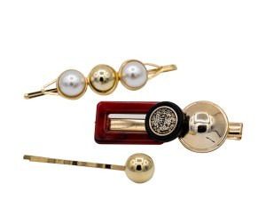 resin and pearl barrette set