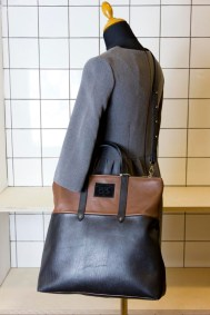 l-appartamento-rimini-zaino-backpack-borsa-bag-tracolla-cartella-pochette-pelle-leather-handmade-pipe-74