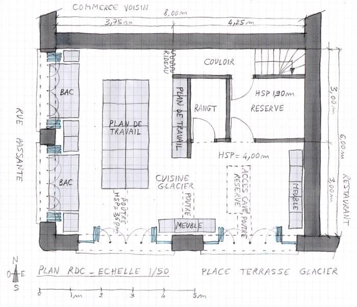 Plan de rez-de-chaussée du local commercial, sous la mezzanine dans un local commercial