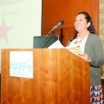 Arriba, María Cristina Ríos. Abajo, Tamara -centro-. Todas ellas formando parte del exitoso equipo de la empresa Macy's.