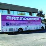 Apoyando a las mujeres con los exámenes de mamografías, gracias a la Semana Binacional de Salud en el Consulado General de México en Denver.