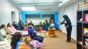 La comunidad del barrio de Westwood se be beneficiada de talleres educativos, en este caso sobre los tipos de violencia y cómo prevenirlos o qué hacer en situaciones de este tipo.