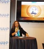 Martha Montoya Vice-Presidente de la mesa directiva de NAHP dando la bienvenida al inició de la Convención Nacional 2015 de NAHP.