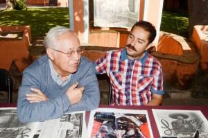El profesor Carlos Barreto y Edgar Rafael Castro Zapata, durante la entrevista exclusiva con La Prensa de Colorado. (Foto:LPDC/Tizoc Cuéllar Escamilla).