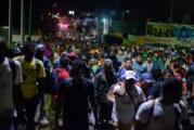 La police militaire mexicaine arrête la caravane de migrants ! (Video)