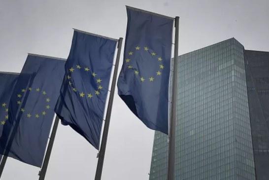 Espace Schengen – Qui pourra voyager en France et en Europe cet été ?