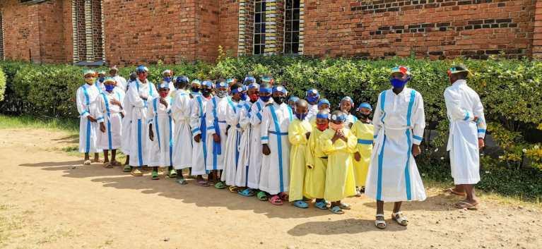 Niños en Rwaza