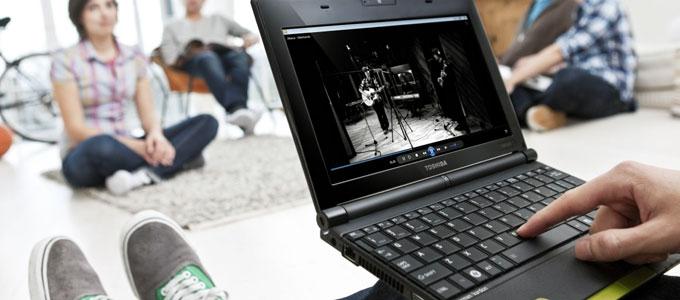 Toshiba NB520 (sumber: newatlas.com)